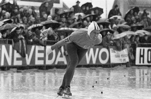 WK schaatsen te Deventer dames, Stien Kaiser in aktie